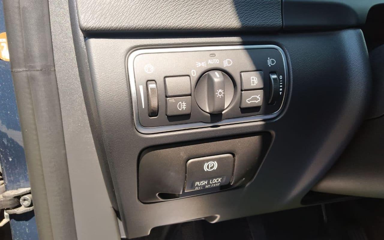 Volvo S60 2014 фото №20