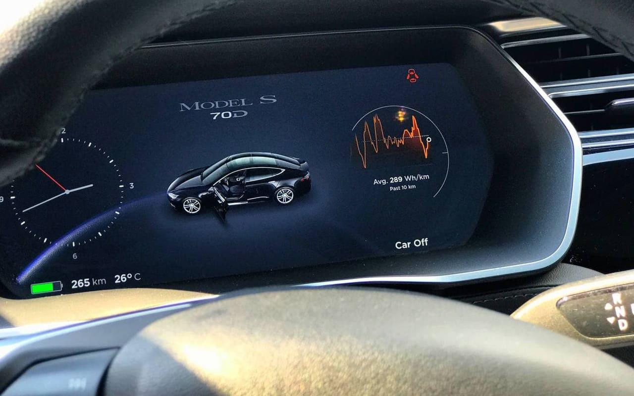 Tesla Model S 70D 2015 фото №10