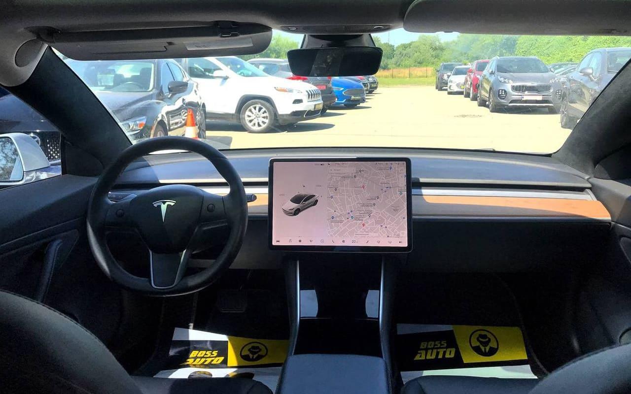 Tesla Model 3 Performance 2019 фото №11