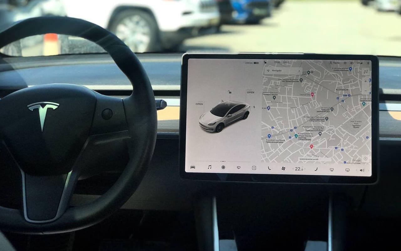 Tesla Model 3 Performance 2019 фото №12
