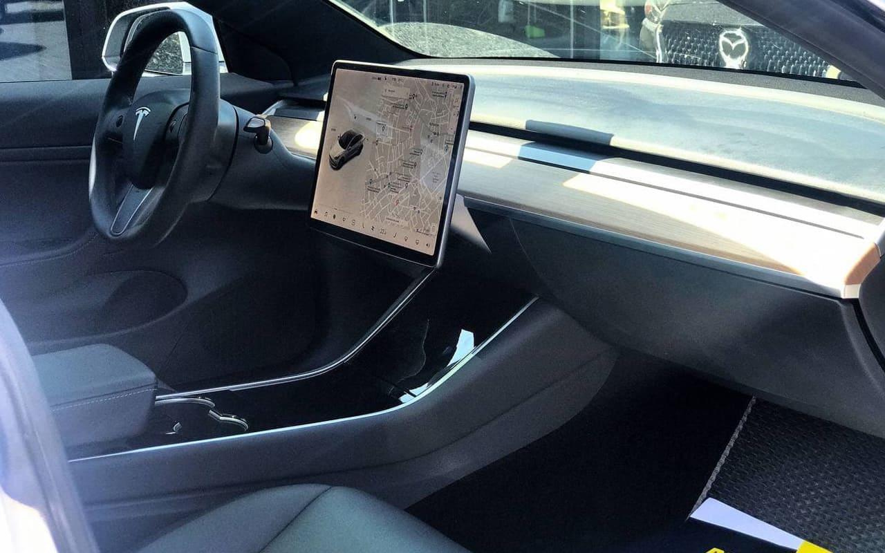 Tesla Model 3 Performance 2019 фото №13