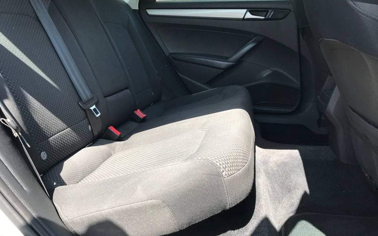 Volkswagen Passat S 2012 фото №16