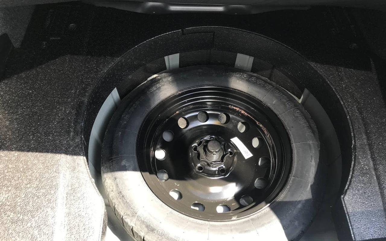 Volkswagen Passat S 2012 фото №18