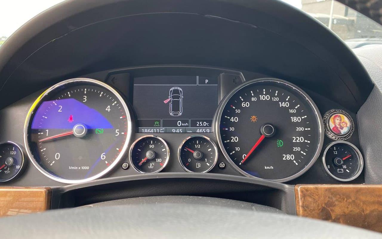 Volkswagen Touareg 2008 фото №17