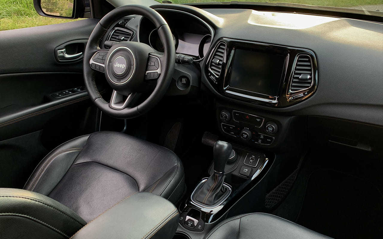 Jeep Compass Limited 2018 фото №14