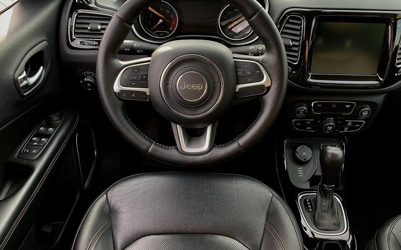 Jeep Compass Limited 2018 фото №15
