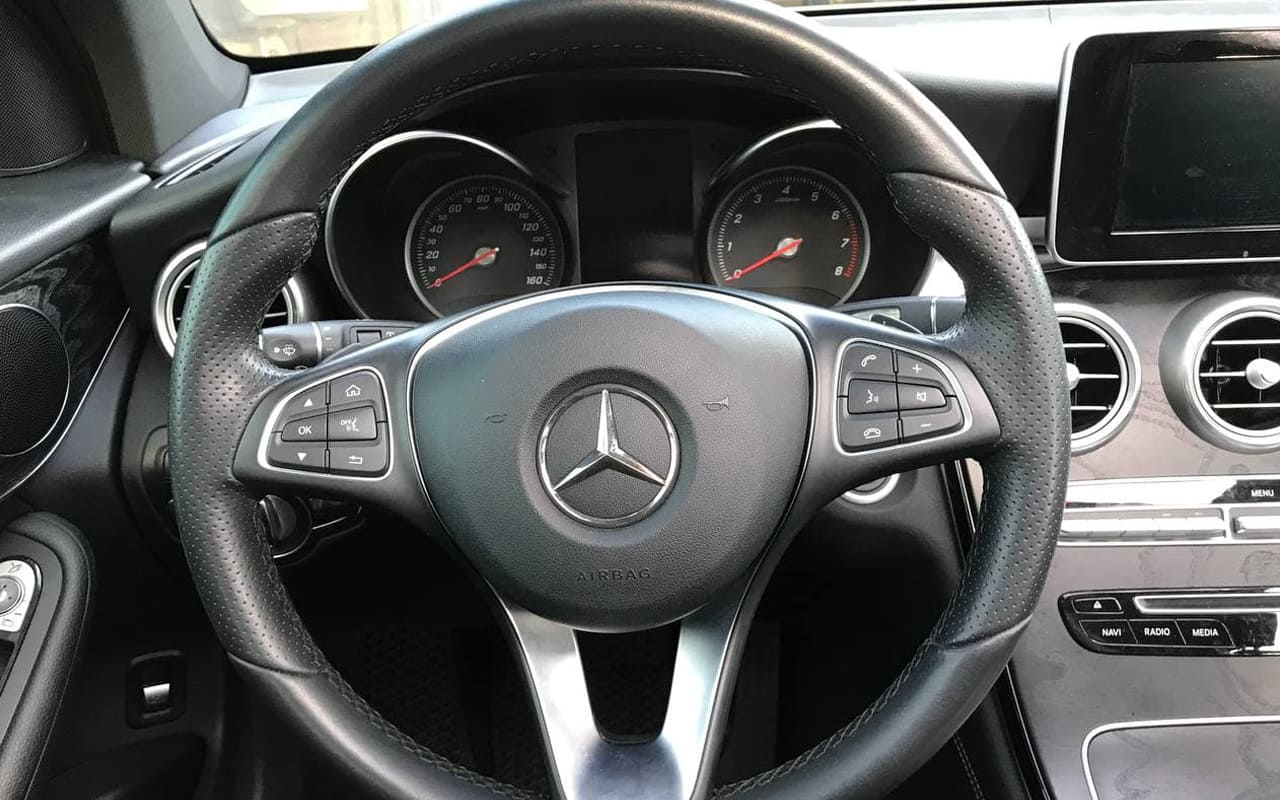 Mercedes-Benz GLC 300 2018 фото №16