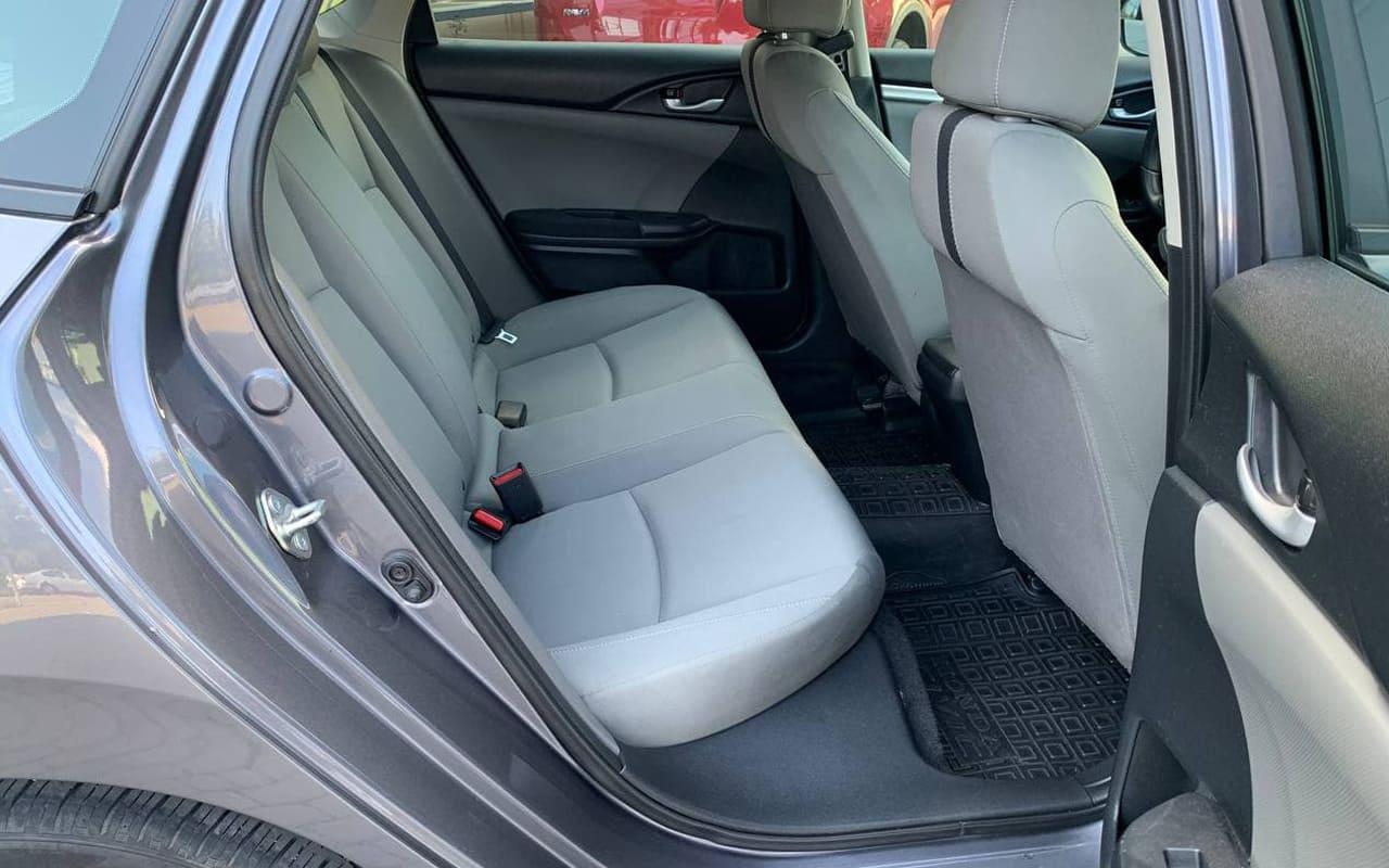 Honda Civic Lx 2019 фото №17