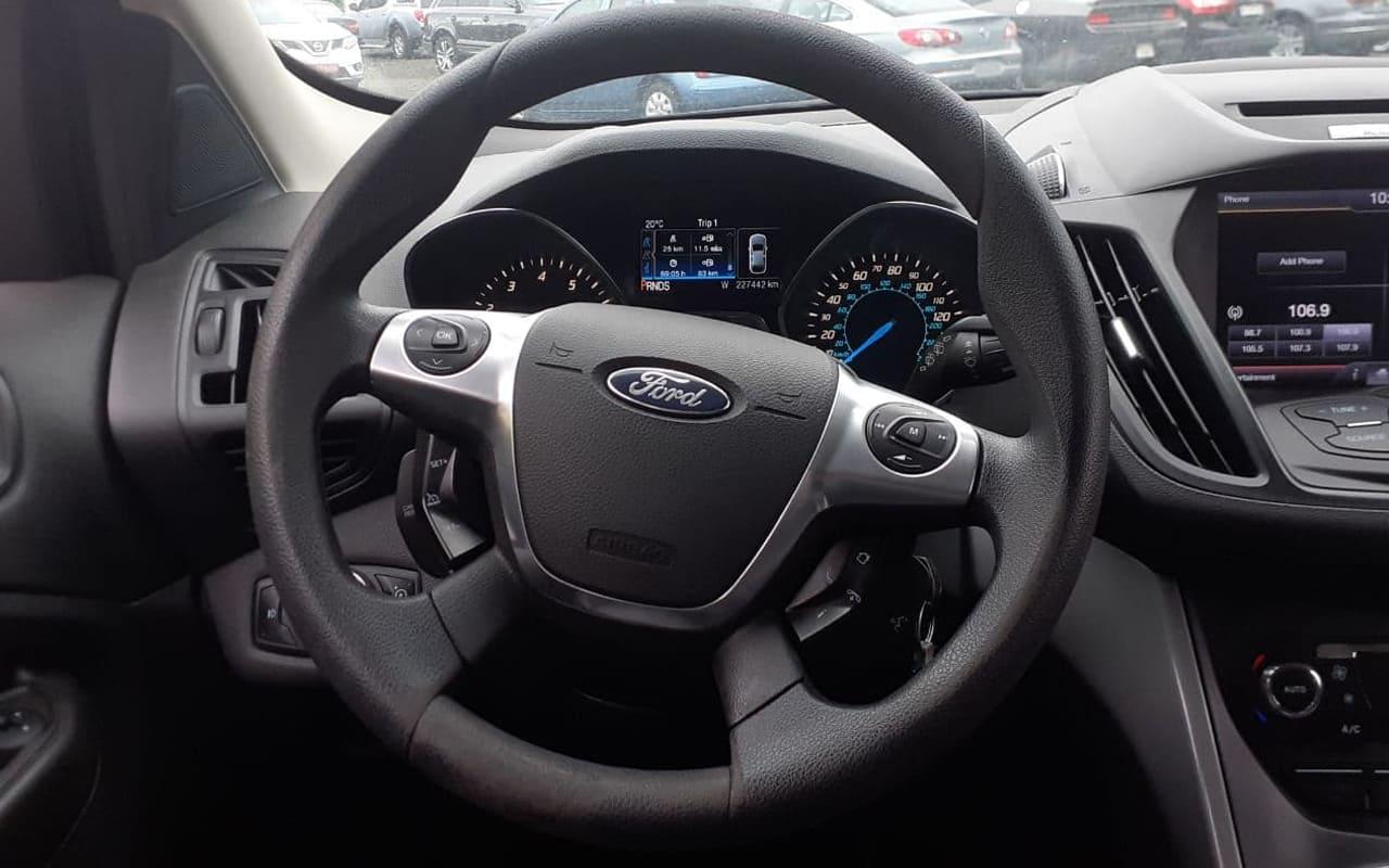 Ford Escape 2012 фото №16