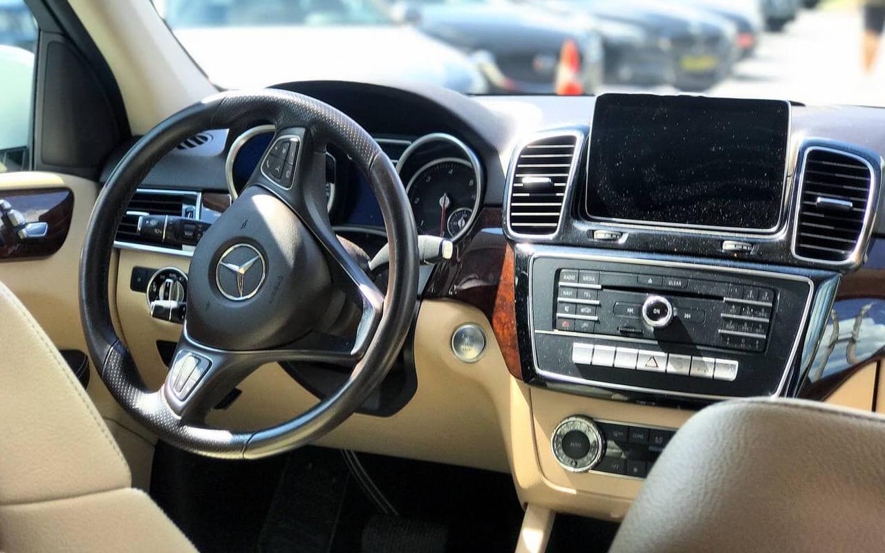 Mercedes-Benz GLE 250 2016 фото №16