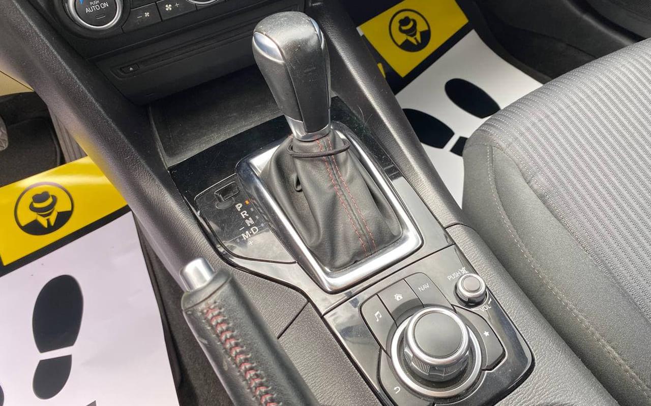 Mazda 3 Touring 2016 фото №13