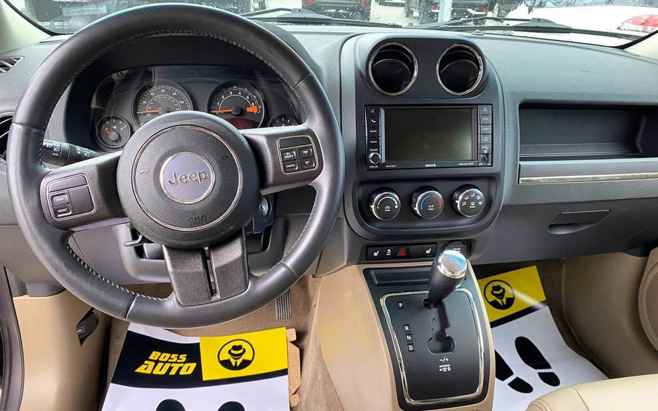 Jeep Patriot Latitude 2016 фото №16