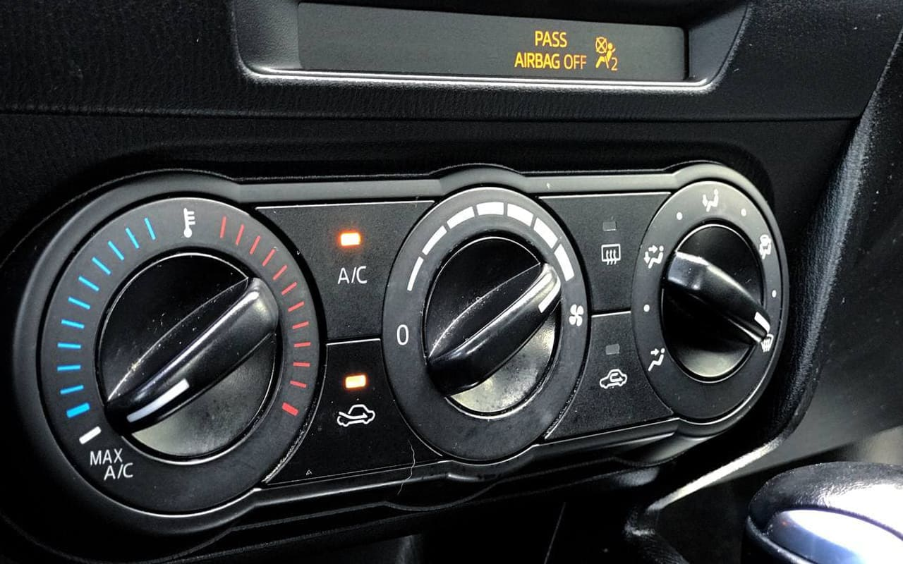 Mazda 3 2015 фото №15