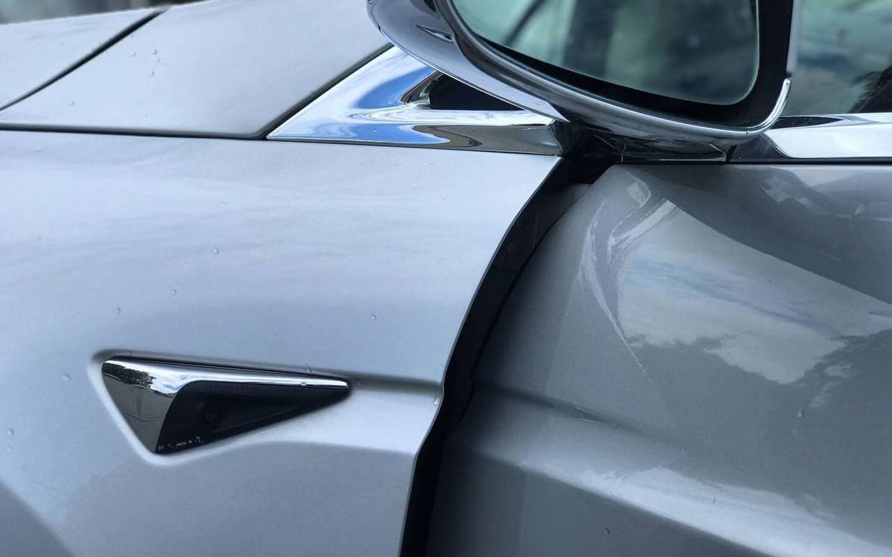Tesla Model X 2018 фото №16