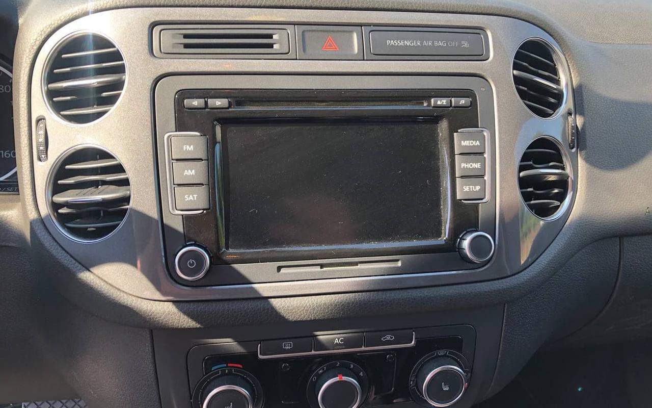 Volkswagen Tiguan 2011 фото №14