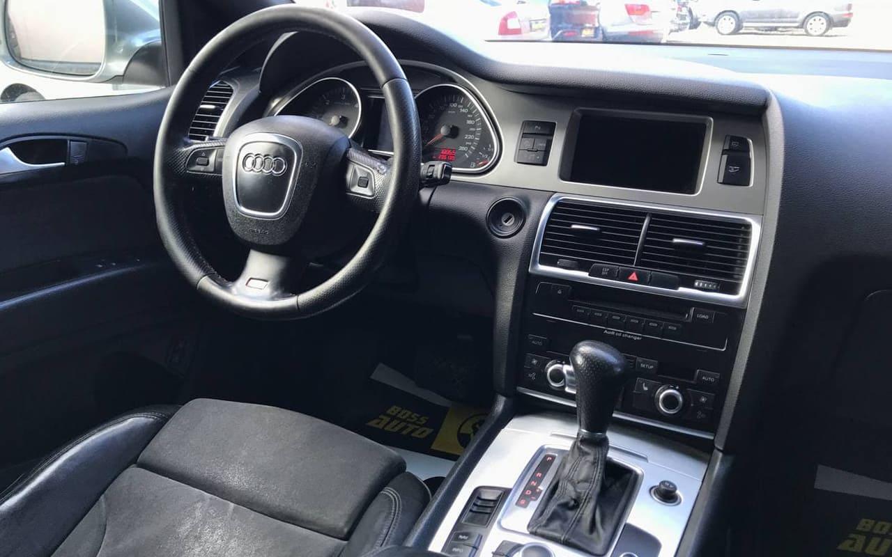 Audi Q7 2007 фото №14