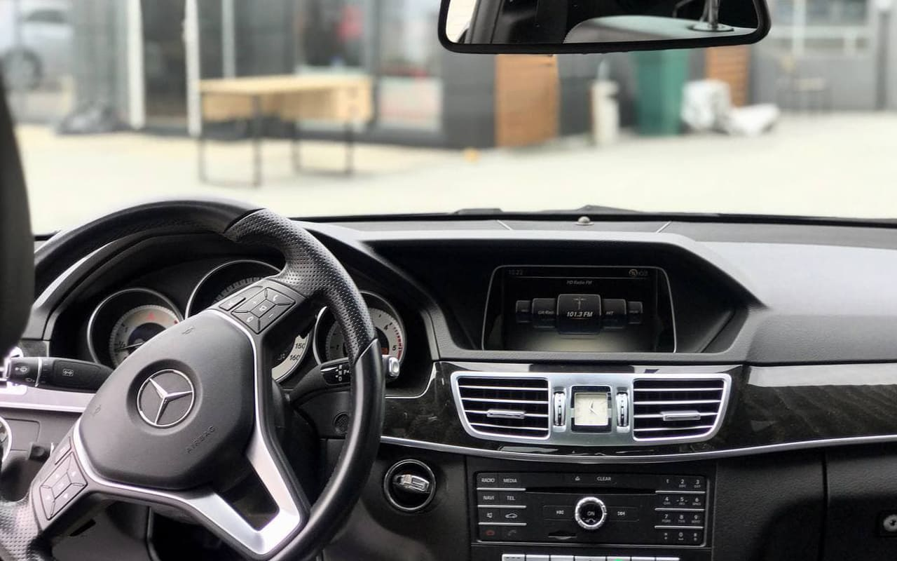 Mercedes-Benz E 250 2015 фото №18