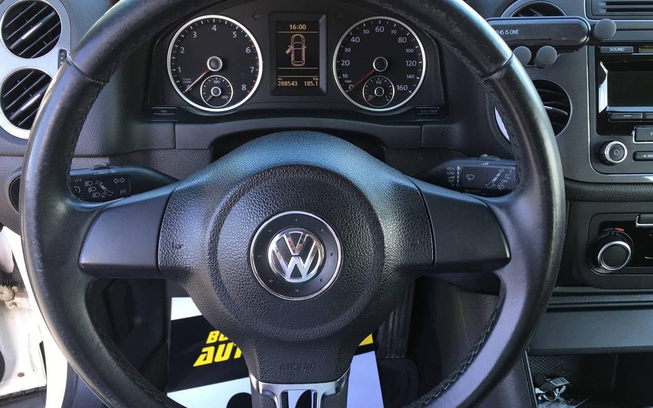 Volkswagen Tiguan 2012 фото №10