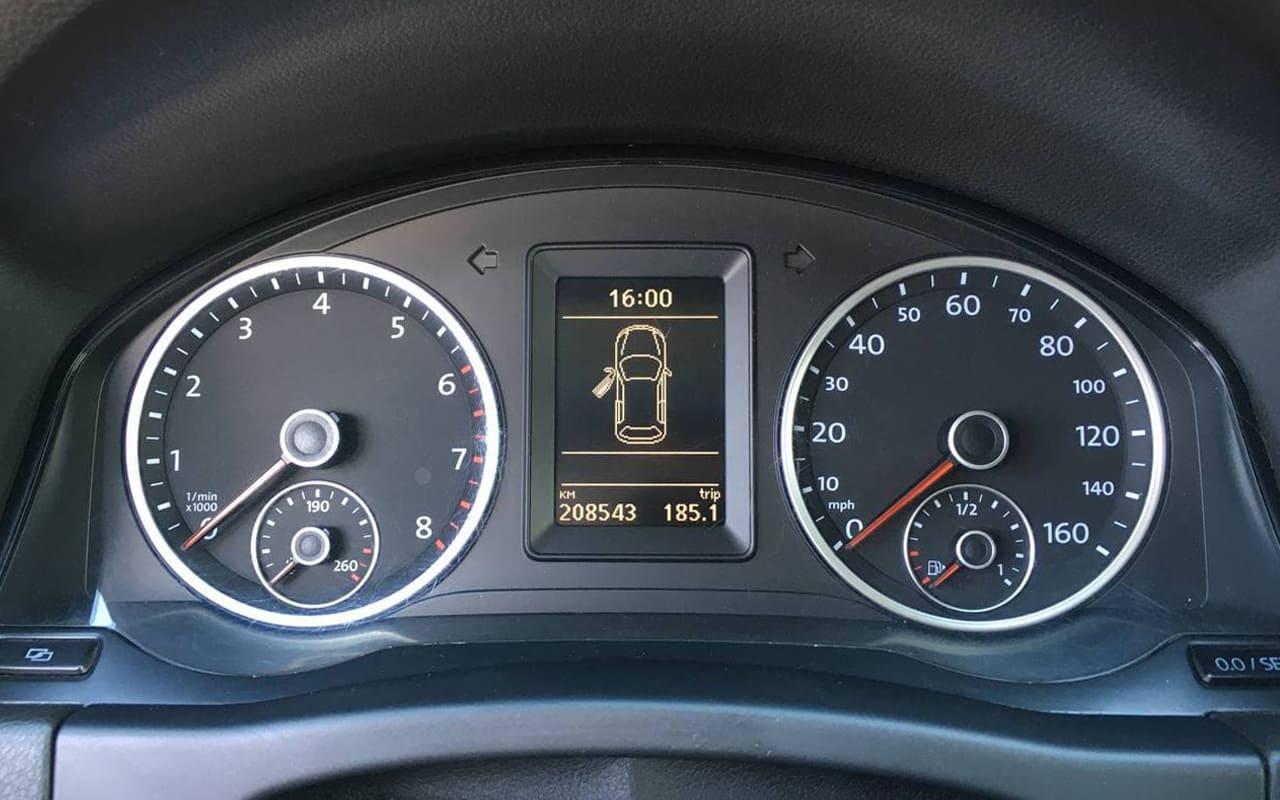 Volkswagen Tiguan 2012 фото №11