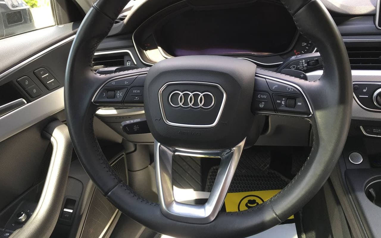 Audi A4 Allroad Premium Plus 2017 фото №15