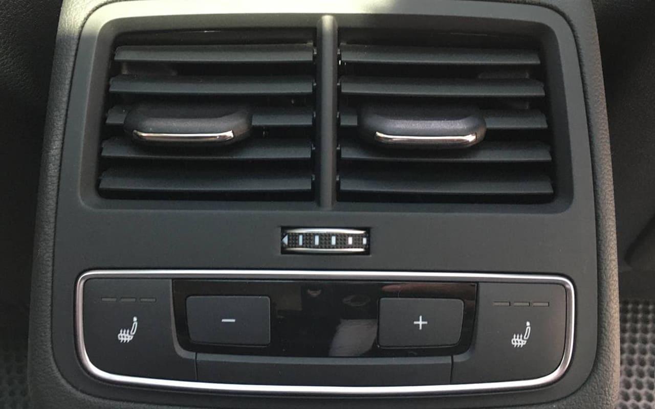 Audi A4 Allroad Premium Plus 2017 фото №18