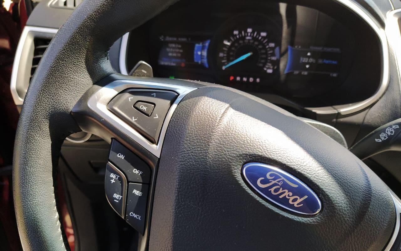 Ford Edge SEL 2015 фото №17