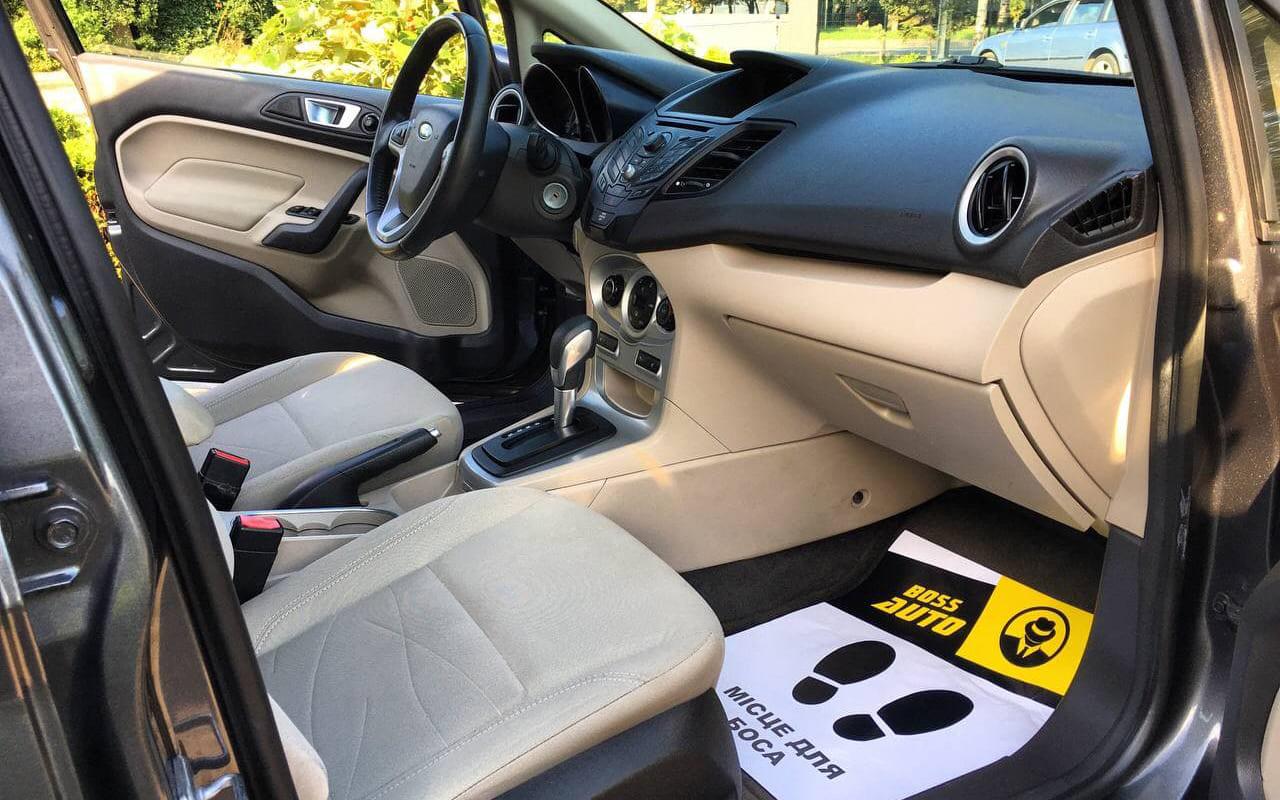 Ford Fiesta SE 2014 фото №15