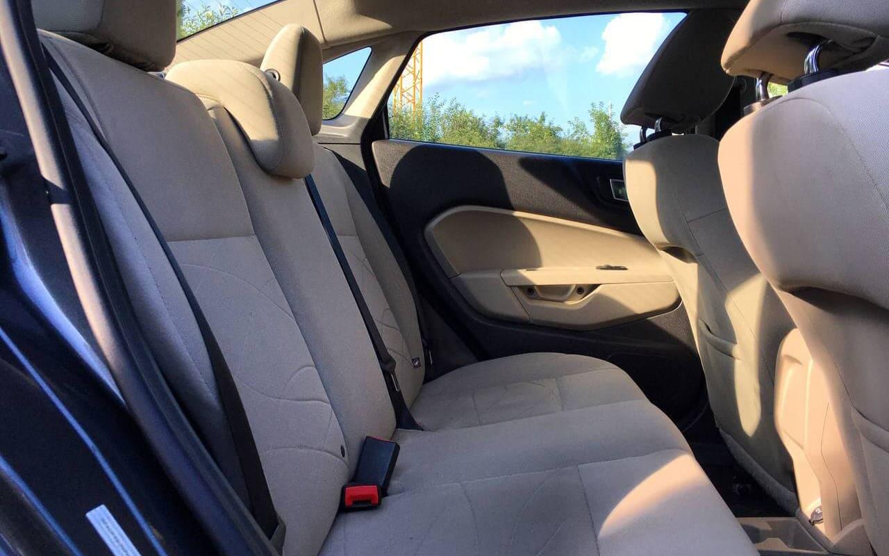 Ford Fiesta SE 2014 фото №16
