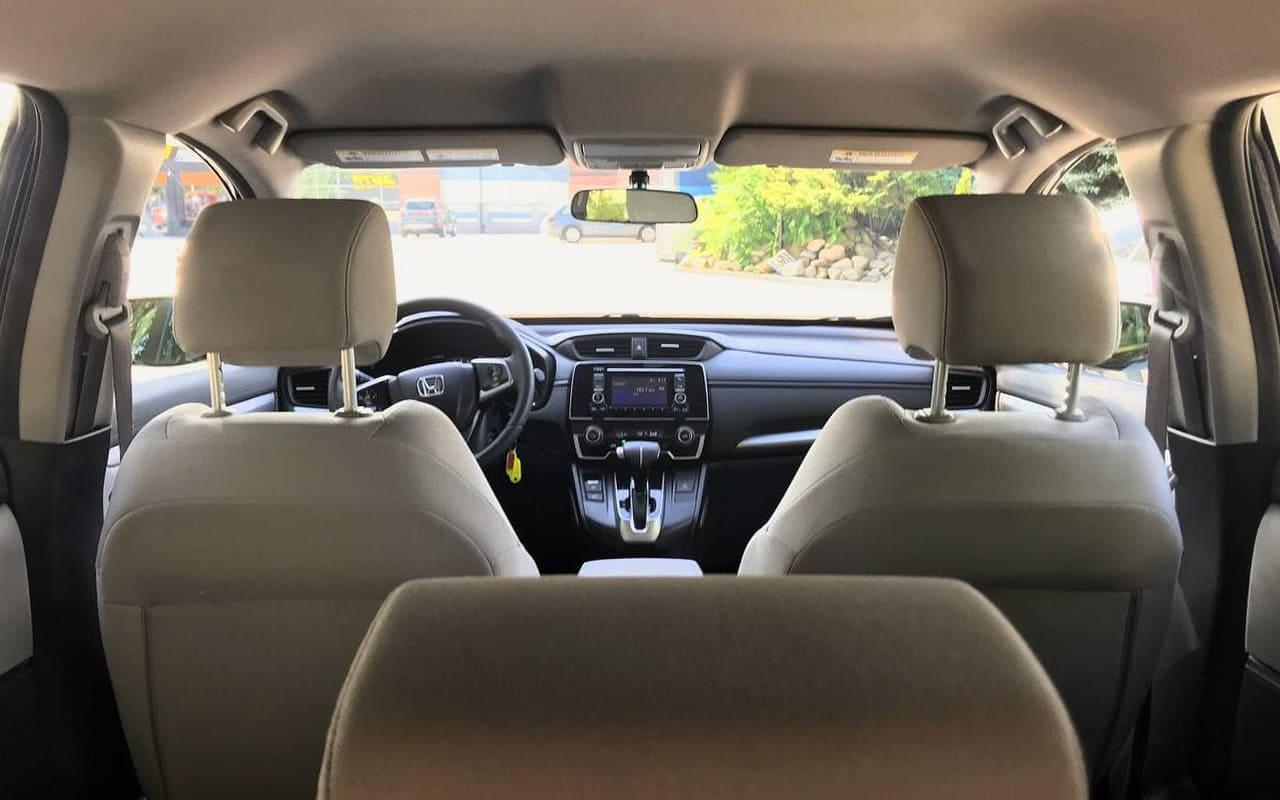 Honda CR-V LX 2018 фото №19