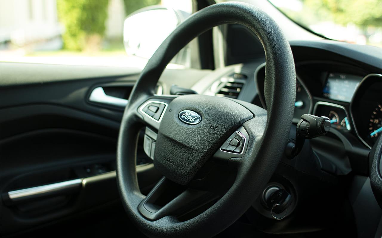 Ford Escape SE 2017 фото №16
