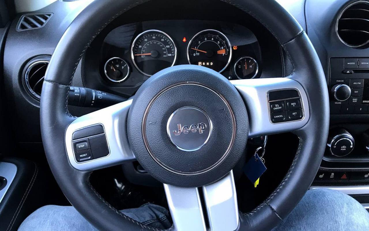 Jeep Compass Latitude 2017 фото №15