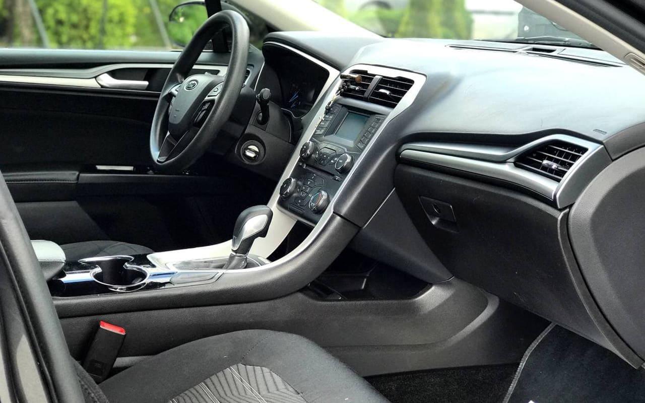 Ford Fusion Se 2016 фото №12