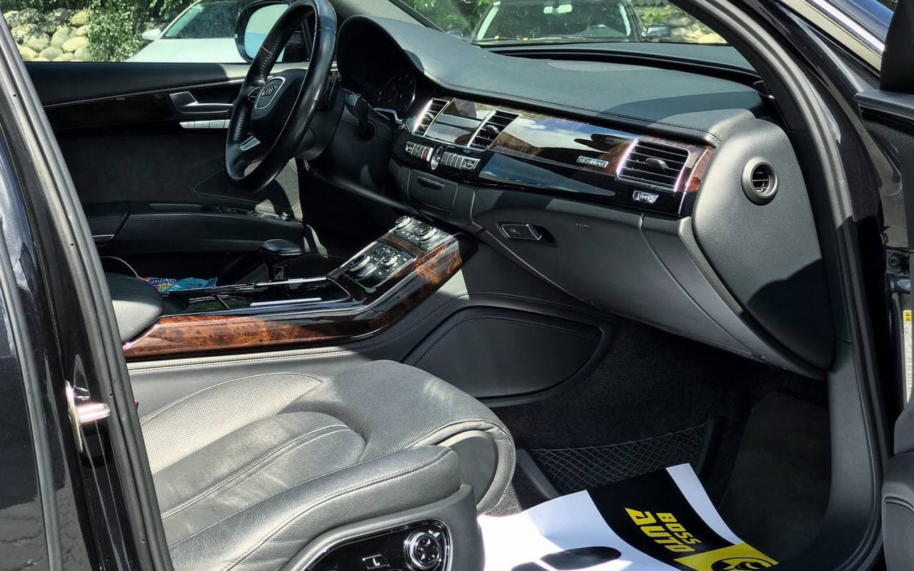 Audi A8 Long 2014 фото №18
