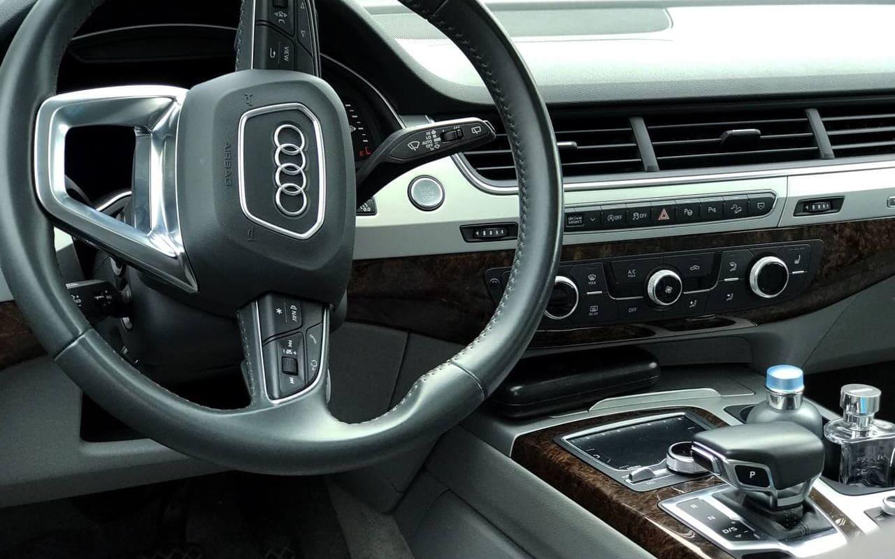 Audi Q7 Premium Plus 2019 фото №16