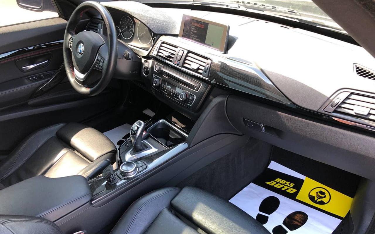 BMW 335 2013 фото №18