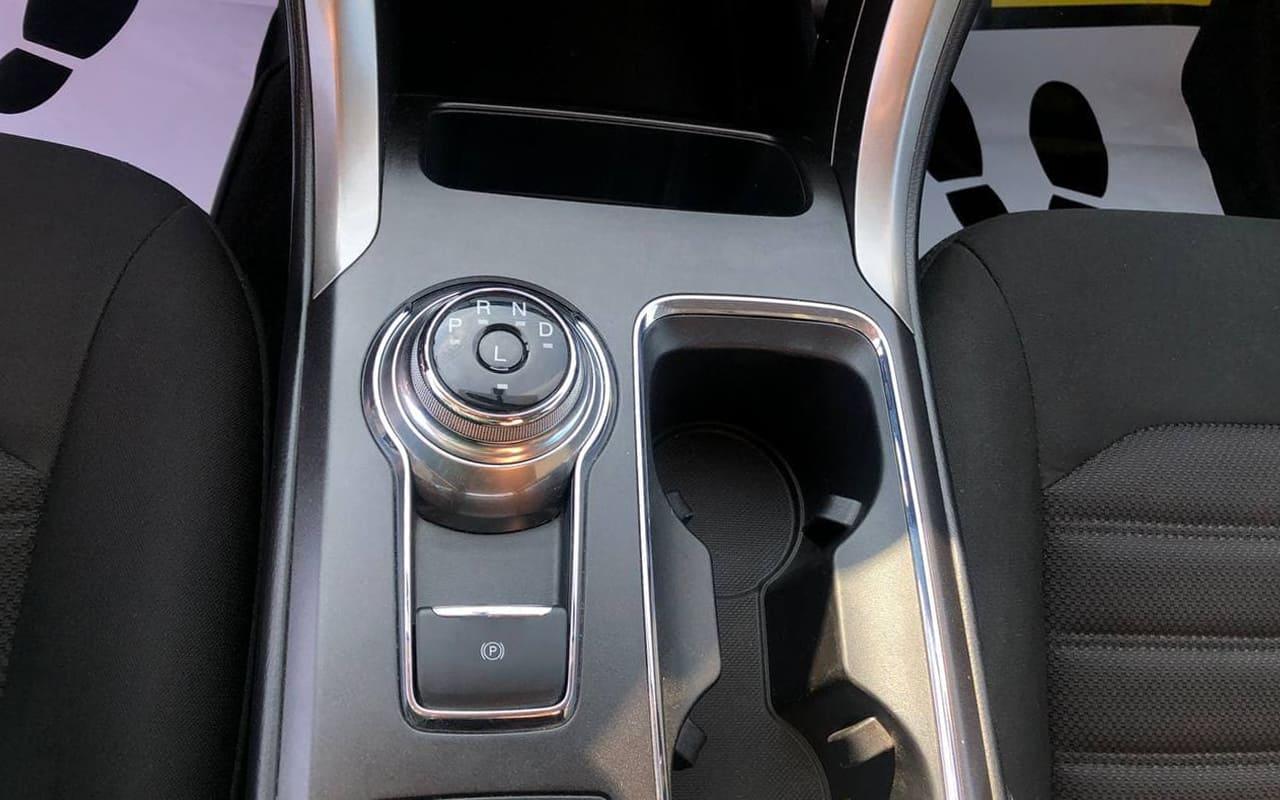 Ford Fusion 2018 фото №15
