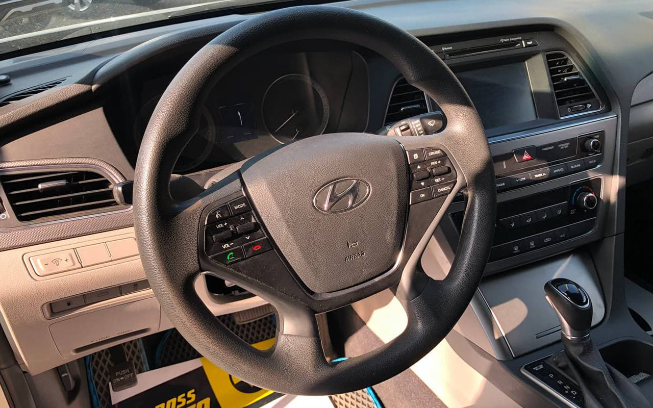 Hyundai Sonata 2017 фото №18