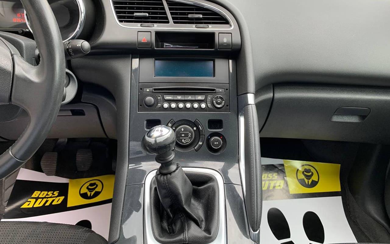 Peugeot 3008 2012 фото №13