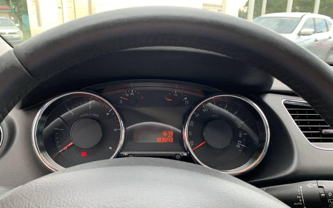 Peugeot 3008 2012 фото №15