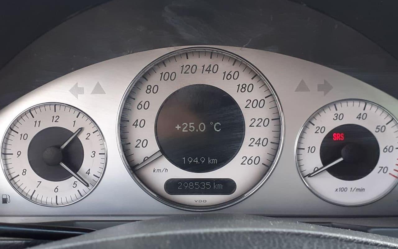 Mercedes-Benz E 200 2005 фото №19