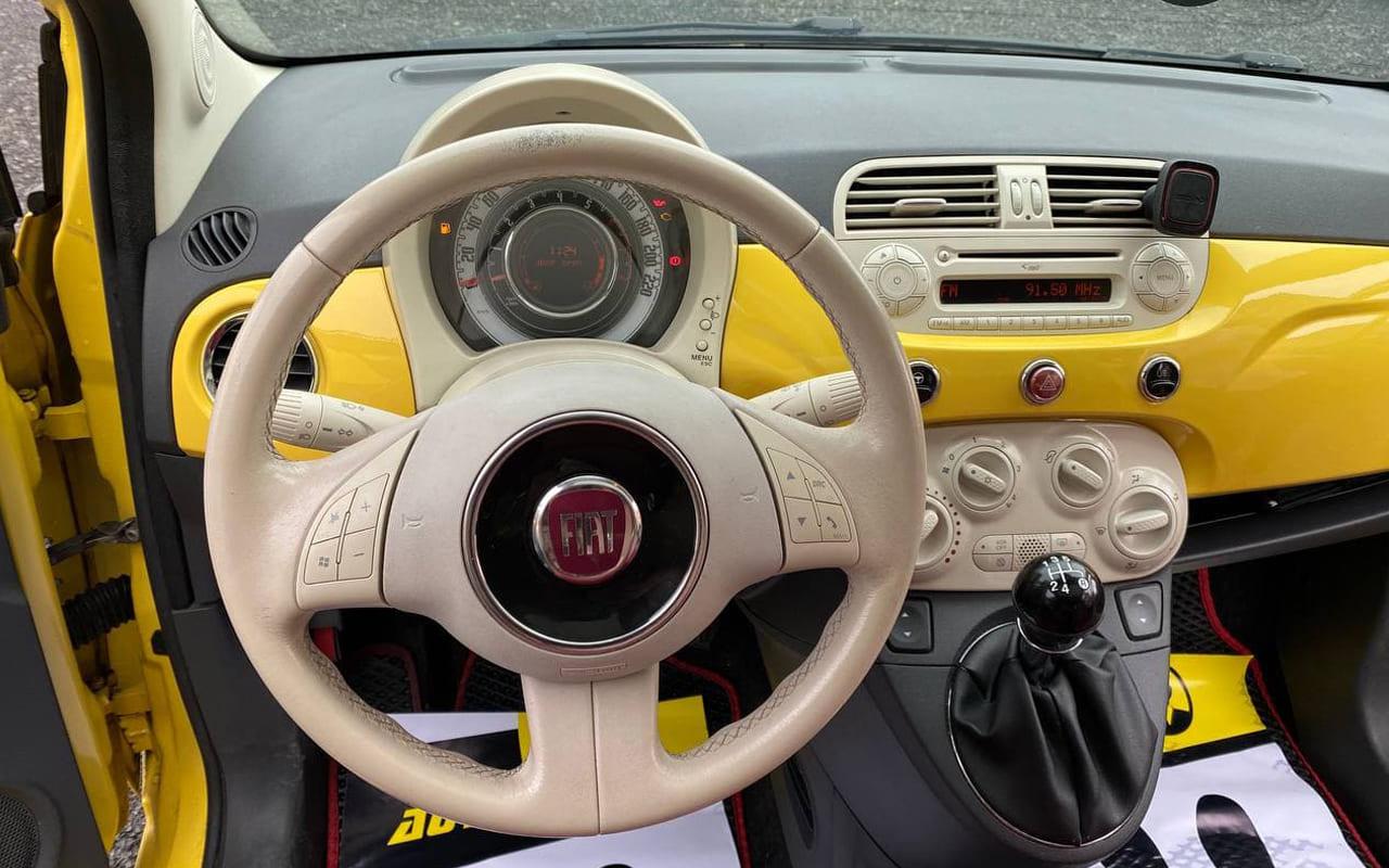 Fiat 500 2010 фото №11