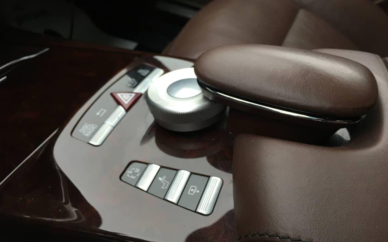 Mercedes-Benz S 500 4Matic 2011 фото №17
