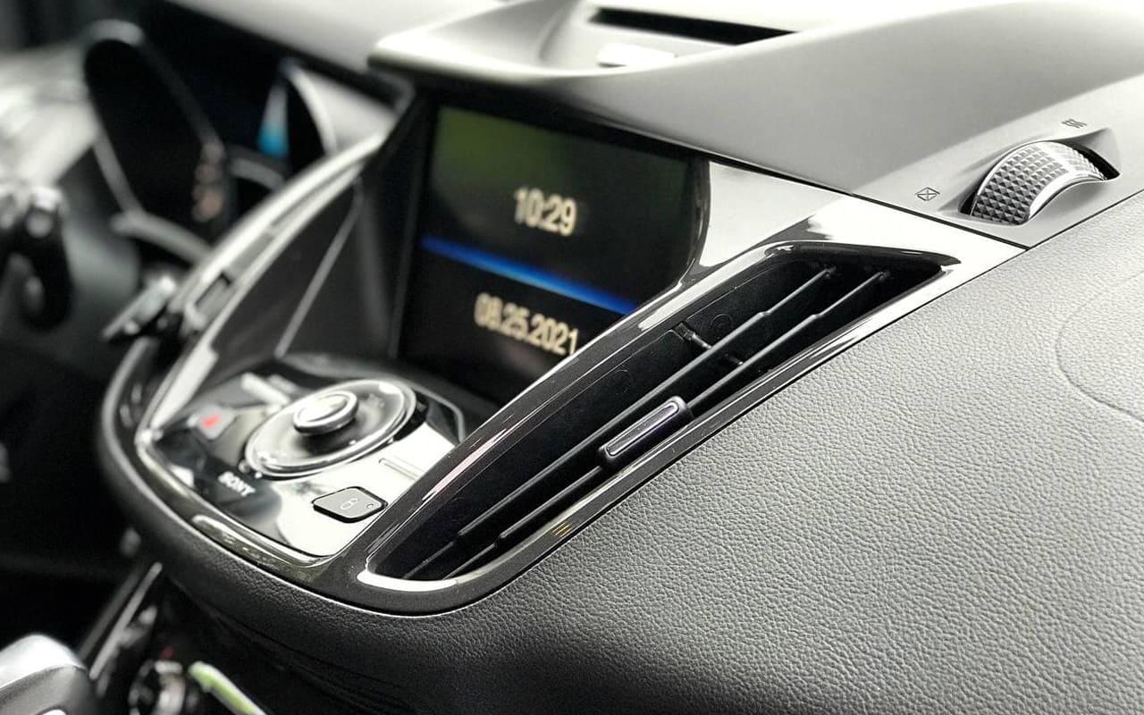 Ford Escape Titanium 2015 фото №13