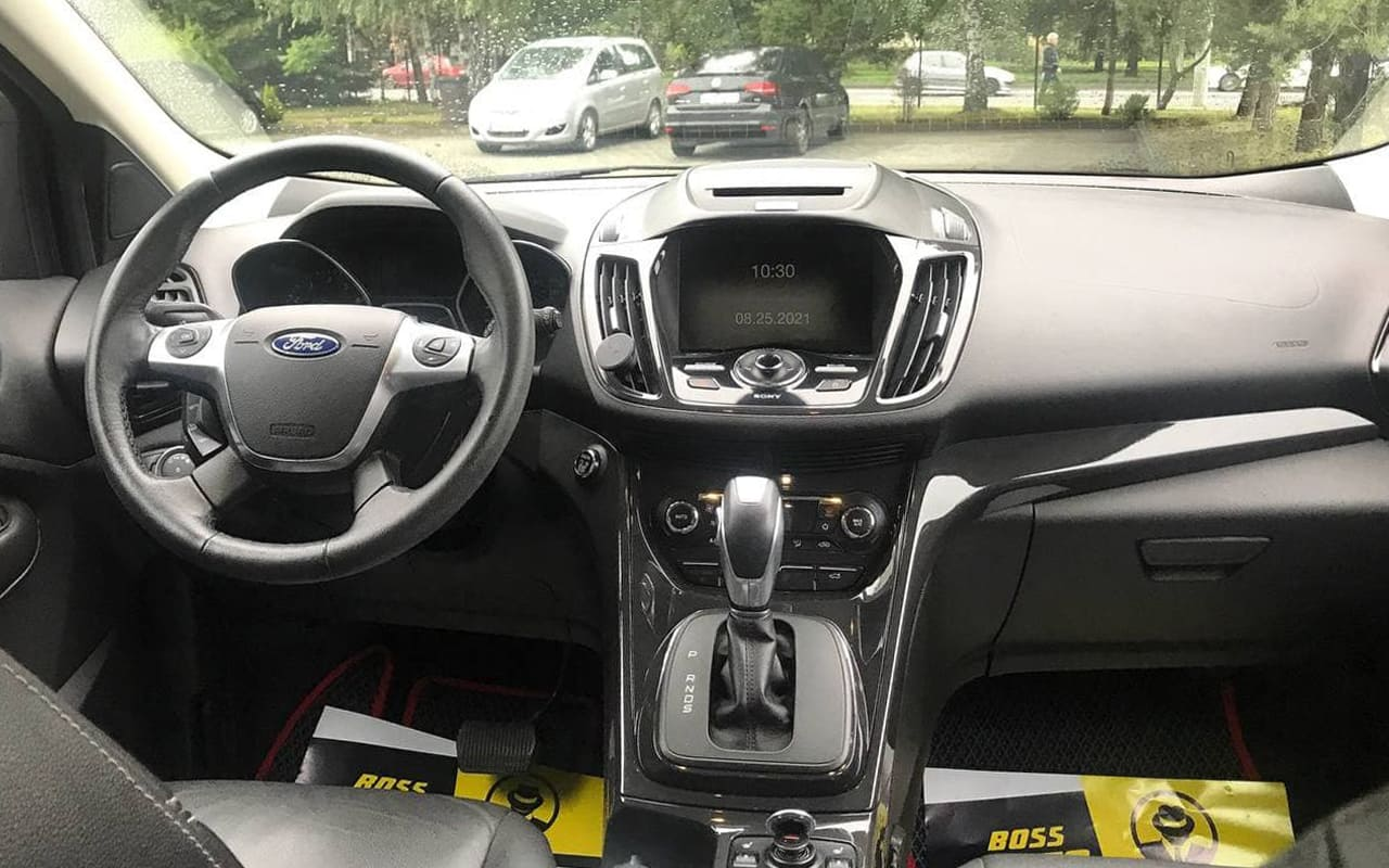 Ford Escape Titanium 2015 фото №17