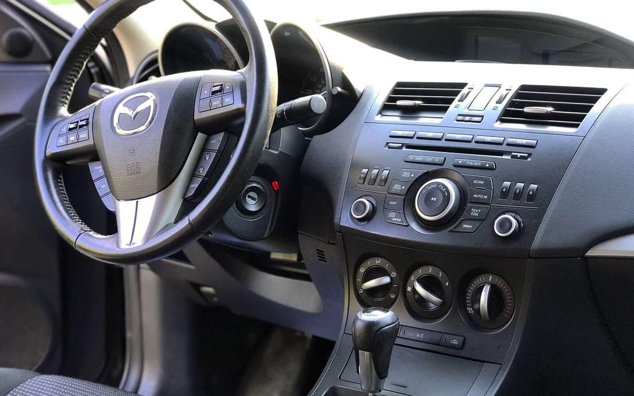 Mazda 3 2012 фото №11