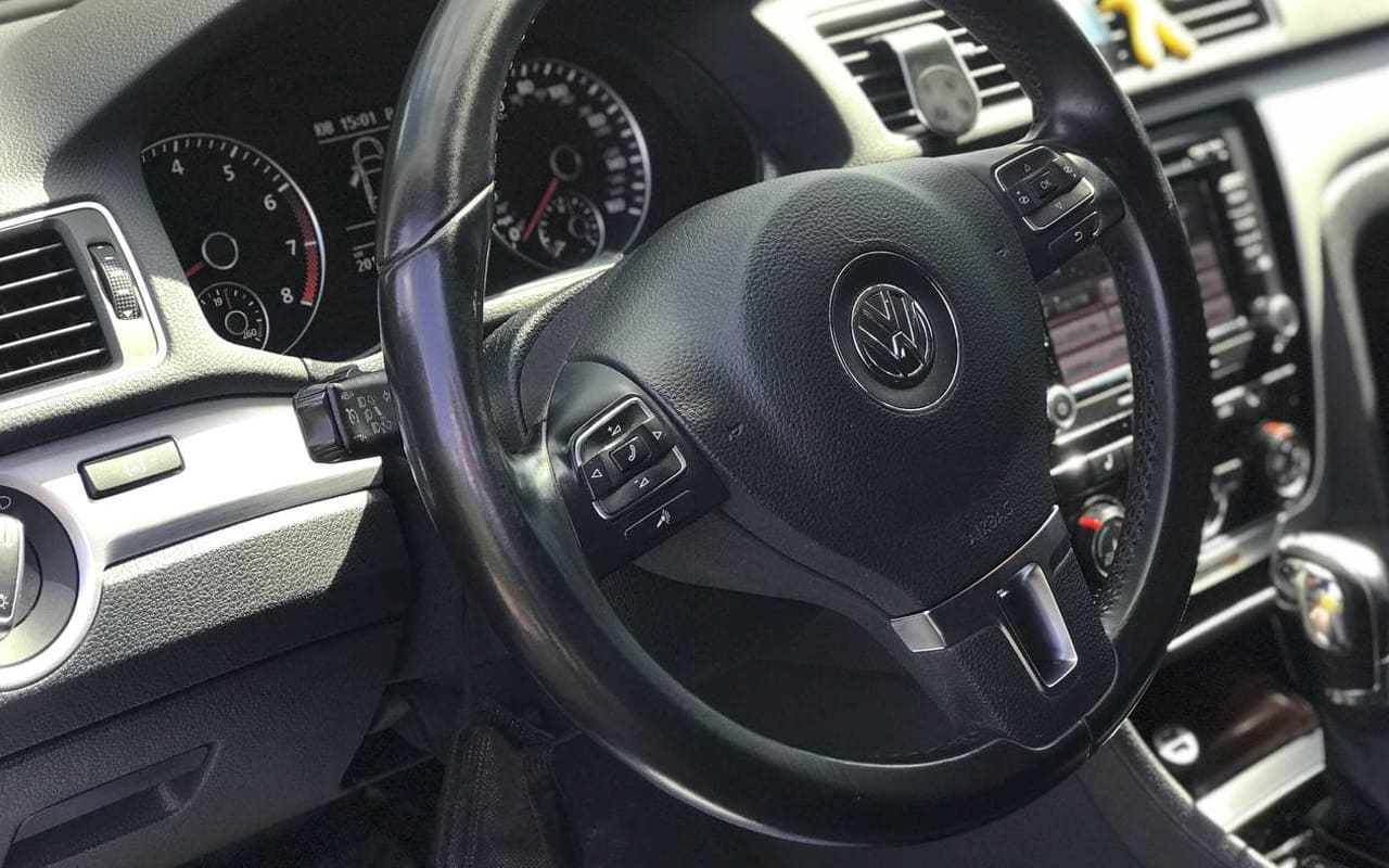 Volkswagen Passat 2013 фото №13