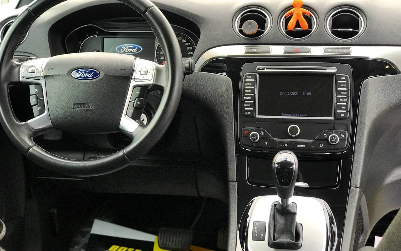 Ford S-Max 2014 фото №16