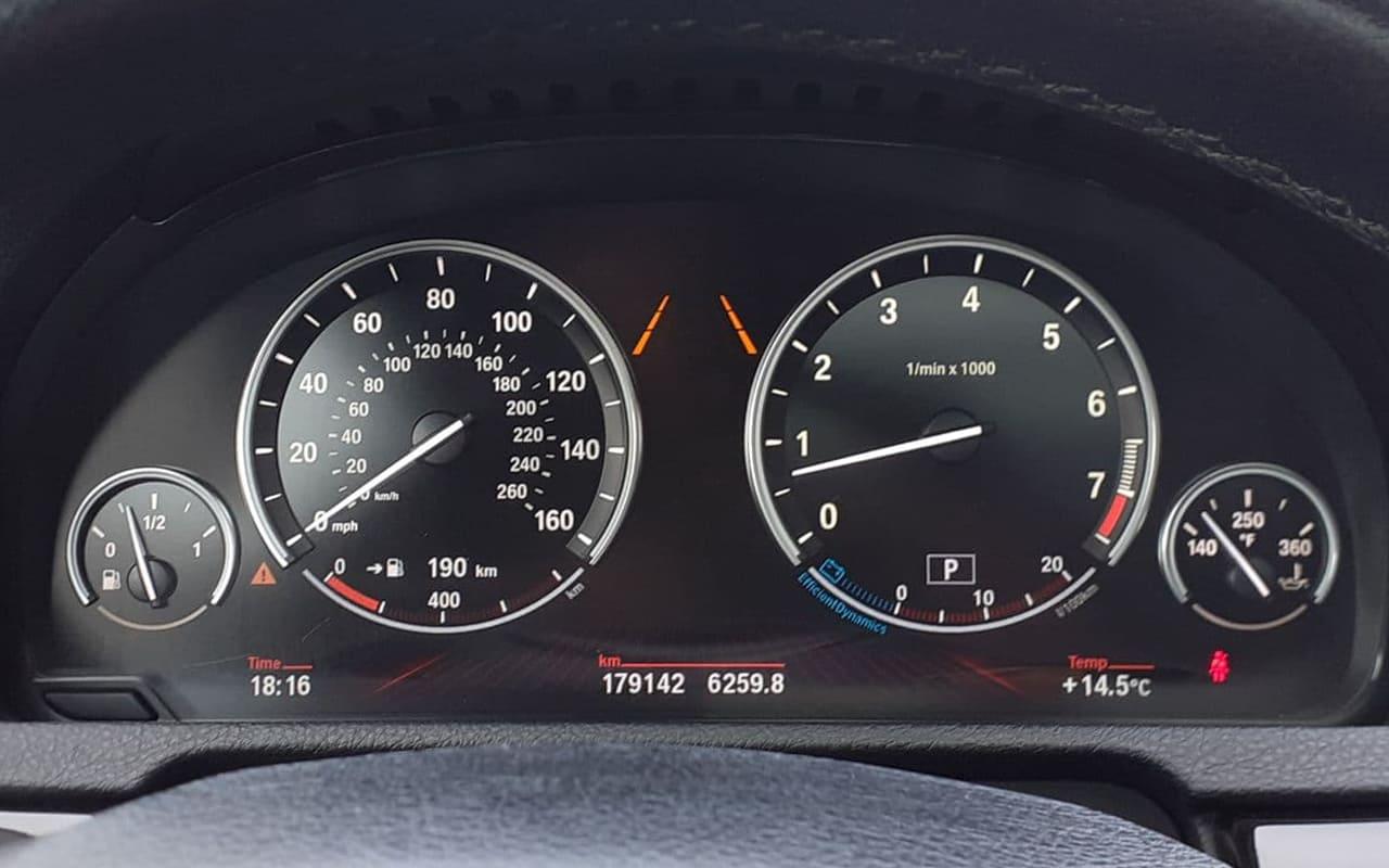 BMW 535 GT 2011 фото №16