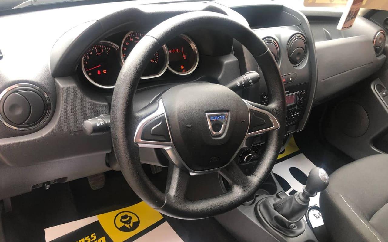 Dacia Duster 2017 фото №16