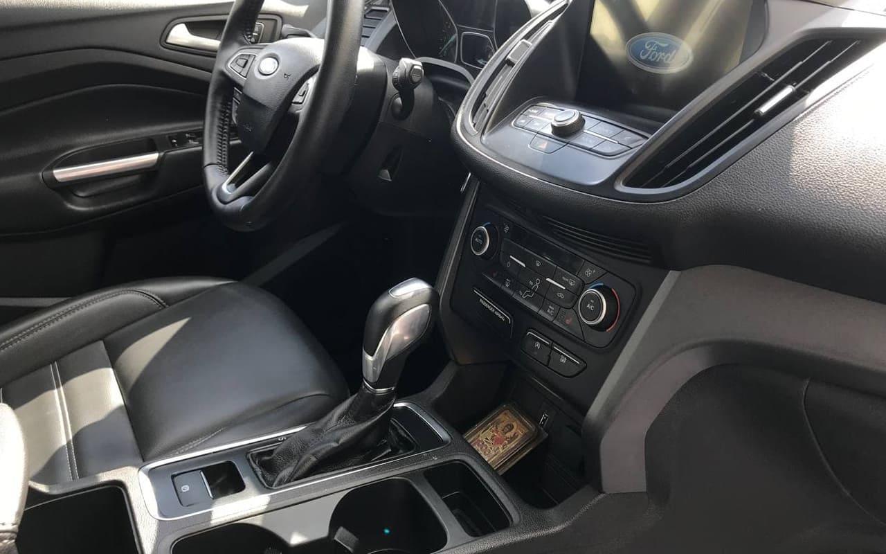 Ford Escape Sel 2019 фото №18